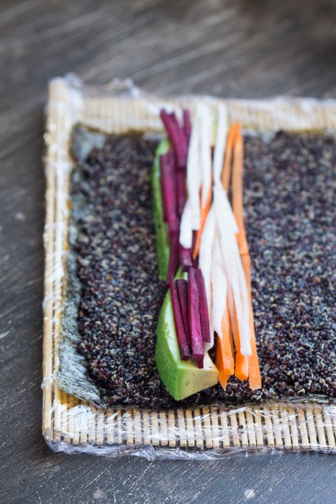 rolling-veggie-quinoa-sushi